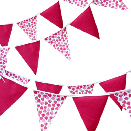 Bunting - Strawberry & Red - 12 Flags - 10 ft length ( 3 metres)